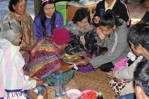 タイの正月の儀式 プーケン タイの生活・風習