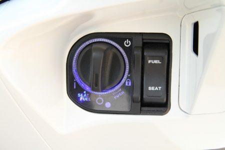 HONDA PCX タイ仕様のスマートキーのメインスイッチ