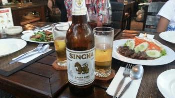 タイでビールを飲んでみた タイの食べ物
