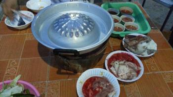 ビュッフェに行ってみた タイの食べ物, タイの買い物